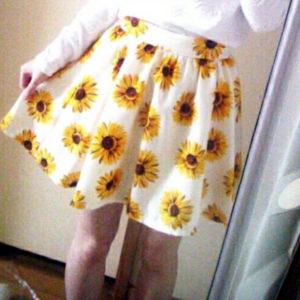 日本INGNI 中碼 深藍色 白色 向日葵 彈性褲頭 短裙仔