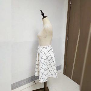 日本 Clear Impression 細碼 秋冬 白色 格仔 後拉鏈 半截裙
